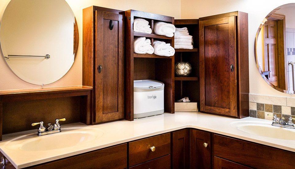 nowoczesna łazienka jest bardzo wygodna